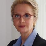 WRBH Volunteer of the Month: Linda Bizzarro