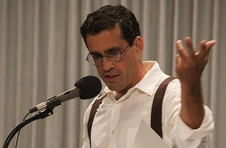 Photo of Rodrigo Toscano (via The Poetry Foundation)