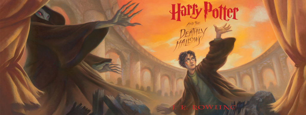Harry Potter and The Deathly Hallows Book COver photo